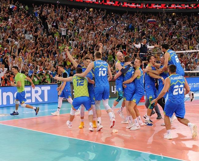 Волейбол. ЧЕ-2019 (муж). Словения стала первым финалистом, обыграв Польшу