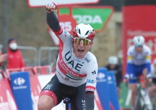 «Вуэльта Испании».  Бельгиец Яспер Филипсен победил на 15-м этапе многодневки (+Видео)