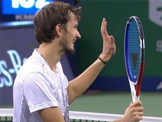 ATP Finals. Медведев обыграл Надаля и стал вторым финалистом